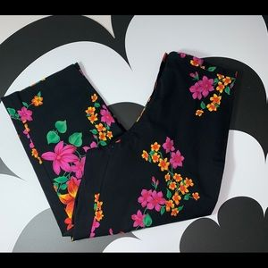 Rafaella Cropped High Waisted Floral Summer Pants